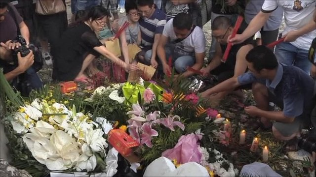 Tributes at crash site