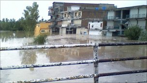 Flood affected Nowshera in 2010. Photo: Ahsan Tajik
