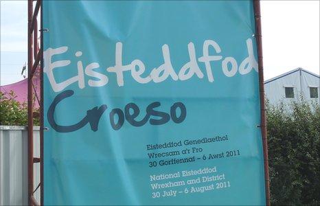 Arwydd Croeso i'r Eisteddfod 2011