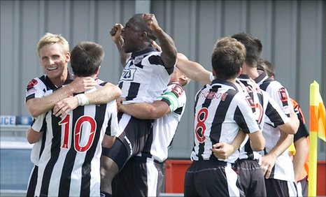 St Mirren striker Nigel Hasselbaink