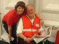 Cledwyn Ashford yn cael sgwrs efo Nia Lloyd Jones o Radio Cymru