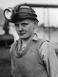 Geoff Charles photo of young boy at the Aberaman Miners' Training Centre, 1951