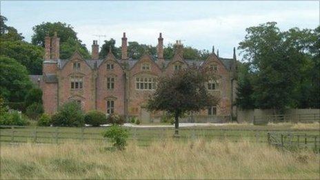 Another landmark building is Trevalyn Hall, built in 1576 for the Trevor family