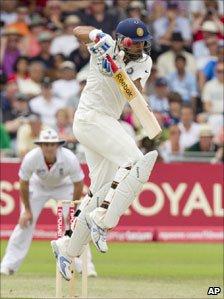 Yuvraj Singh fending a short ball at Nottingam
