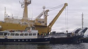 Admiralty salvage vessel - SD Salmoore