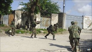AU troops in combat in Mogadishu (July 2011)