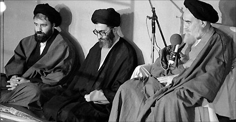 Ali Khamenei (centre) with Ahmad Khomeini (L) and Ayatollah Khomeini - File photo