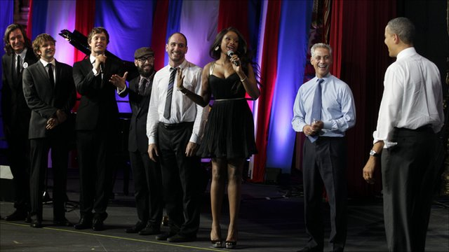 Jennifer Hudson singing Happy Birthday to US President Barack Obama