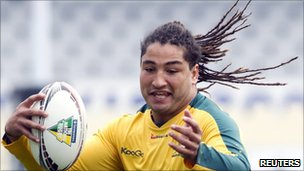 Saia Faingaa of Australia trains at Eden Park, Auckland, 5 August 2011