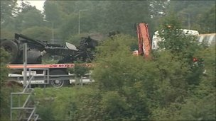 M25 wreckage driven away