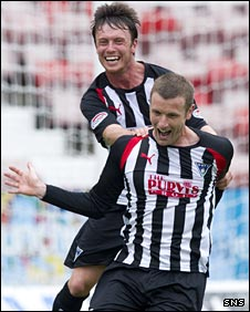 Joe Cardle and Andy Kirk celebrate