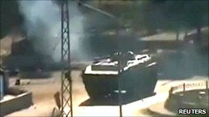 Video grab said to be tank in Hama. 3 Aug 2011