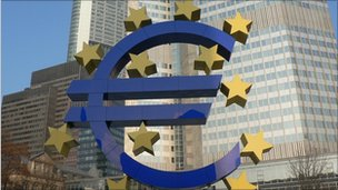 Euro sign outside European Central Bank in Frankfurt