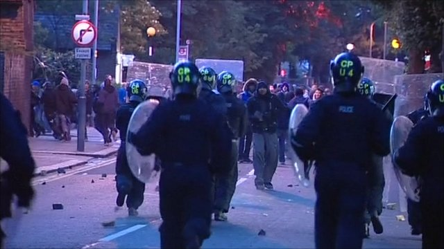 Police clashes in Enfield