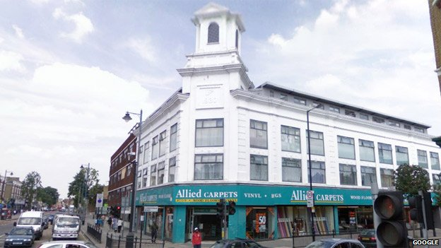 Before the riots (Google Streetview): Carpetright Building, High Road Tottenham