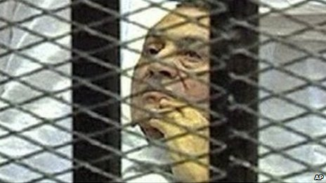 Mr Mubarak in a cage in court (August 2011)