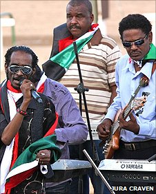 Mahmoud Abdelaziz performs at Sudanese Derby in Khartoum