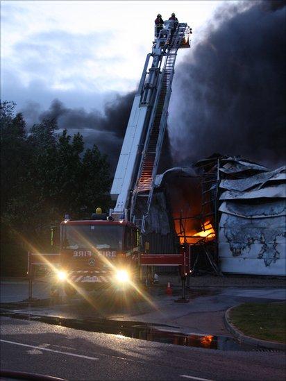 The Sony distribution Centre on fire. Photo: Sarah Hurn Flashyphotos