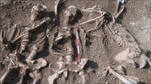 Oxford Viking massacre revealed by skeleton find