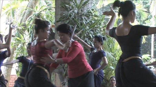 Khmer Arts dance company