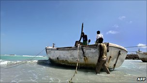 Somali pirates prepare to go to sea