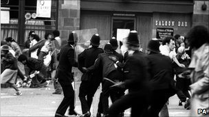 Police officers and rioters in Brixton, 1981
