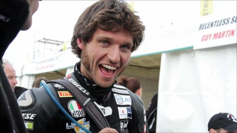 The 36-year old son of father Ian Martin and mother Rita Martin, 177 cm tall Guy Martin in 2018 photo