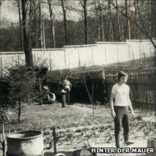 Garden scene in Klein-Glienicke