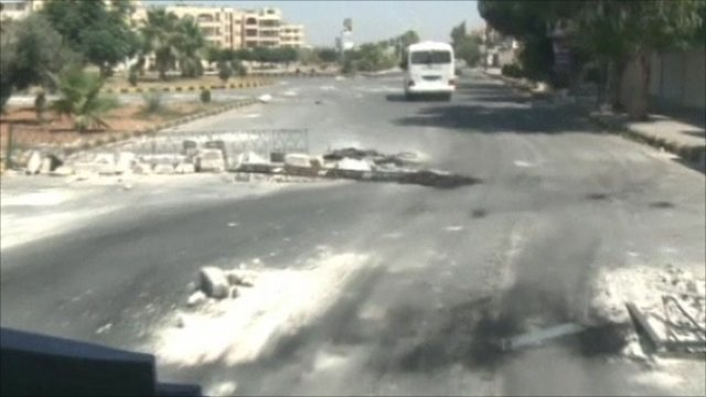 Empty streets in Hama
