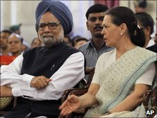 Indian Prime Minister Manmohan Singh and Sonia Gandhi