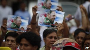 Cubans celebrate Fidel Castro's birthday in Havana (12 August 2011)