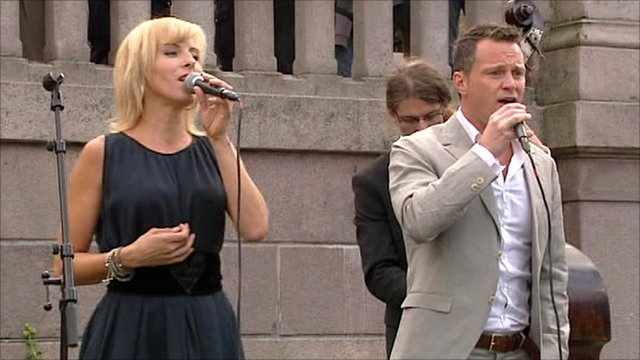 Singers performing in Norway