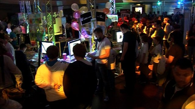 Gamers in Caird Hall at Dare ProtoPlay Festival