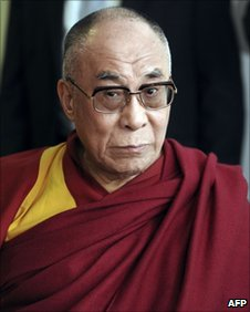 The Dalai Lama takes part in a meeting with local political personalities on 15 August 2011 in Toulouse