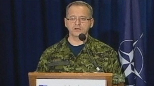 Col Roland Lavoie
