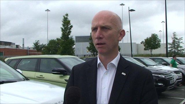 Evoque 'is a capable car' - BBC News