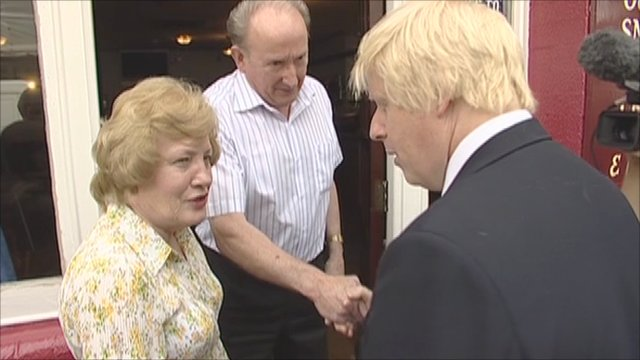 Mayor Boris Johnson's meets publicans of a pub damaged in the riots last week