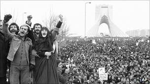 Protests in Tehran in favour of a republic after the Shah&#039;s flight into exile