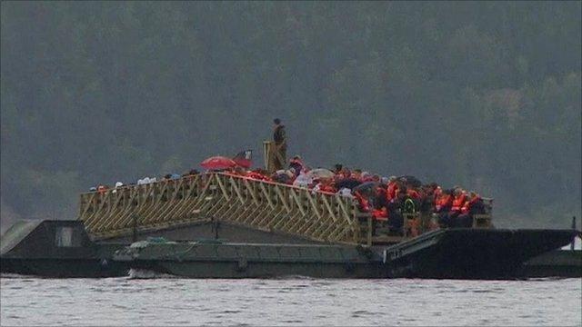 Bereaved relatives travel to Utoeya island