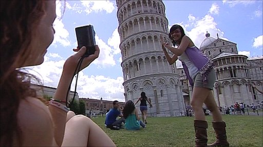 Tourists at the Leaning Tower of Pisa