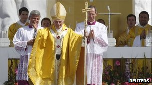 Pope Benedict XVI in Madrid (21 Aug 2011)