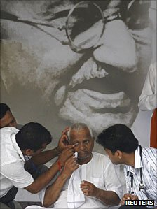 Anna Hazare on hunger strike