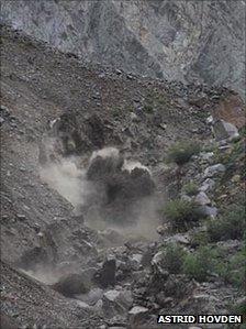 Rockfall/mudslide
