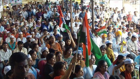 Anti-corruption campaigners in Mumbai