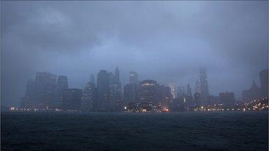 Lower Manhattan skyline (28/08/11)