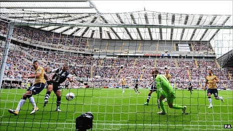 Newcastle striker Leon Best