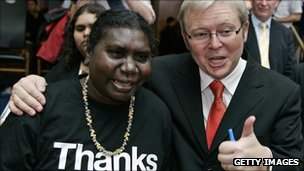 Kevin Rudd with Raymattja Marika on 13 February 2008, also known as Sorry Day