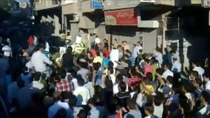 Amateur video purportedly showing protest in Kisweh (30 August 2011)