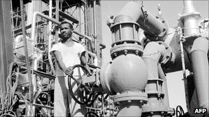 Worker at a Saudi oil refinery in 1956