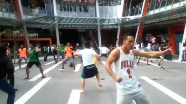 Flash mobs performing the Haka dance in New Zealand